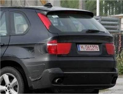 x5_e70_spy_rear_zoom