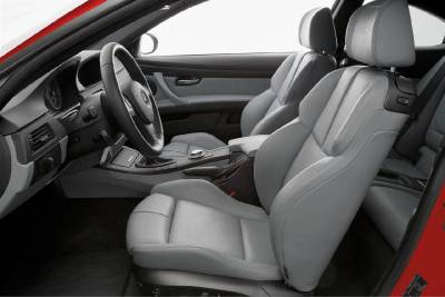 m3_e92_red_front_seats