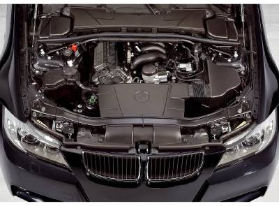 320si_e90_engine_bay