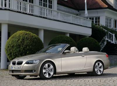e93_topdown_side_front_house