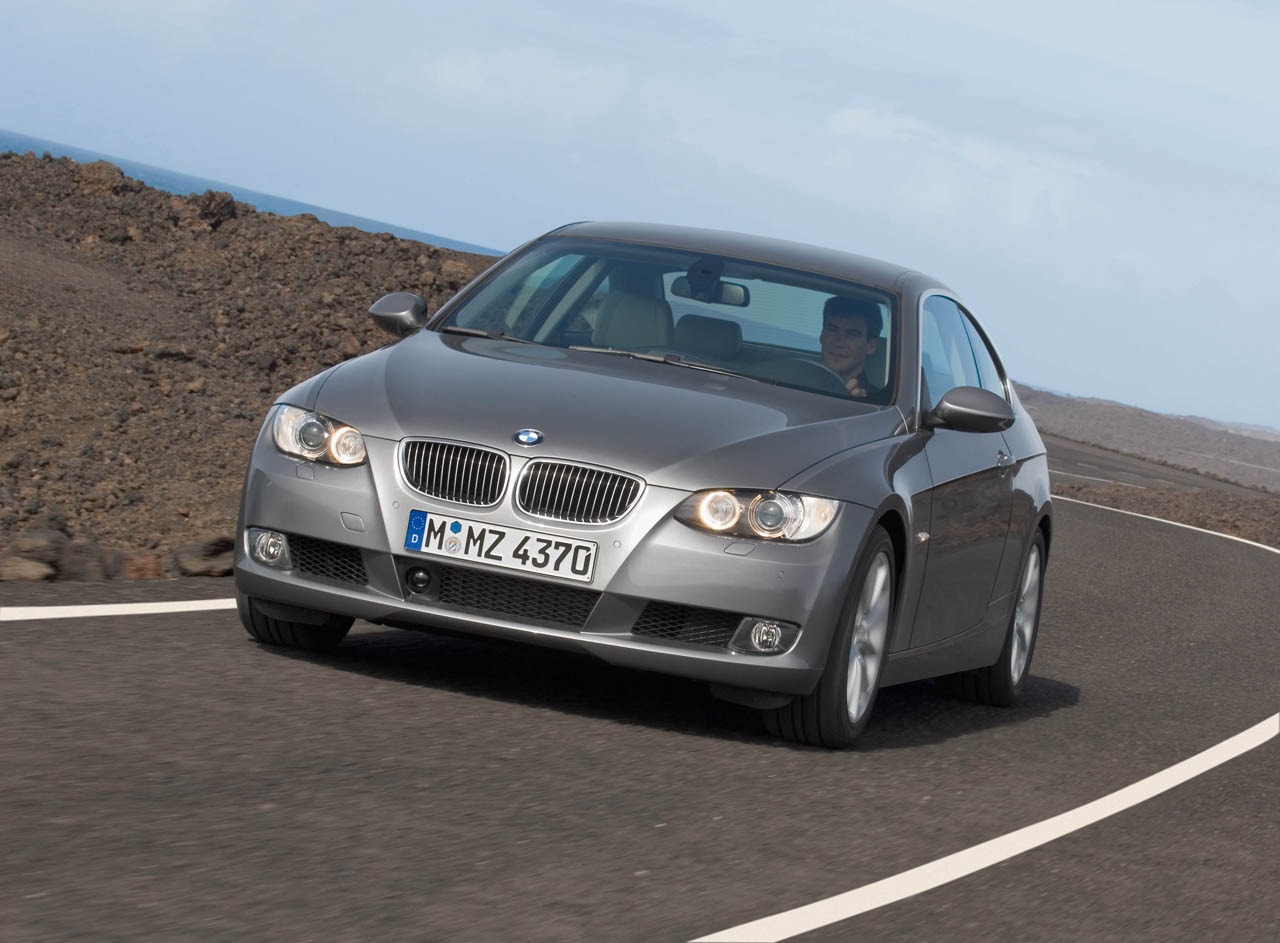 bmw heaven specification database specifications for bmw 325i e92 a coupe 2009 now. Black Bedroom Furniture Sets. Home Design Ideas